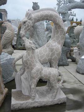 動物の彫刻 キリン