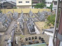 泰聖寺・墓地風景