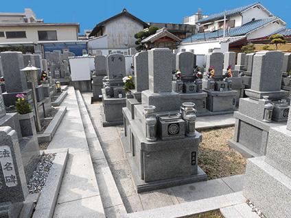 如願寺聖地・墓地風景