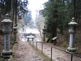 比叡山延暦寺 御廟前灯籠